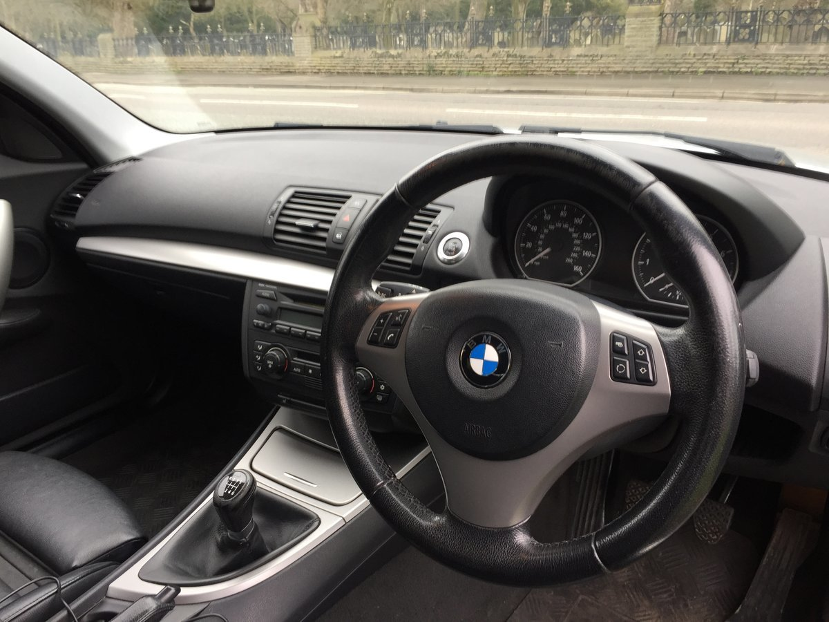 2005 Very rare BMW 130i E87 Manual FSH Low Miles For Sale (picture 5 of 6)