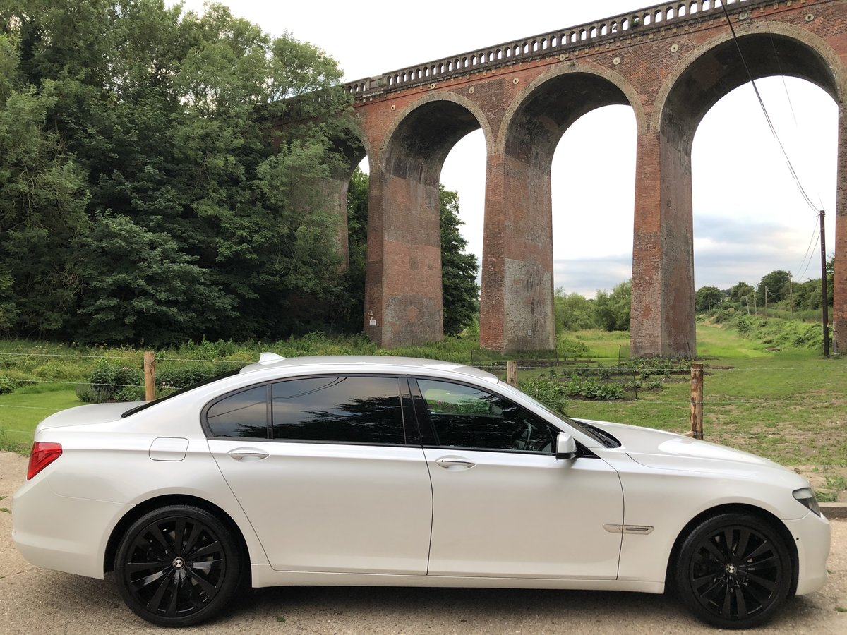 2010 BMW 730LD SE Individaul | Exceptional Condition, £75,000 New For Sale (picture 3 of 6)