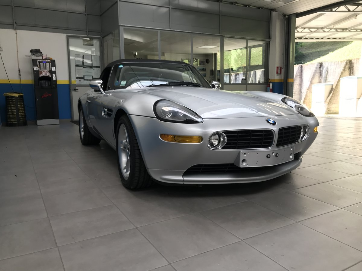 2000 BMW Z8 - perfect conditions  For Sale (picture 1 of 6)