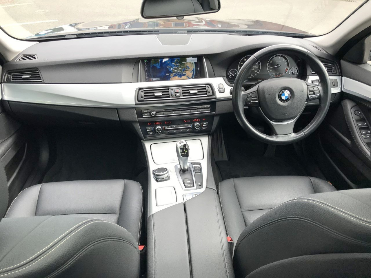 2015 BMW 528i Luxury Touring 5dr Auto FSH+PRO/NAV For Sale (picture 5 of 6)