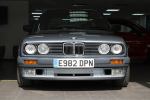 Picture of 1988 E BMW 325i Saloon