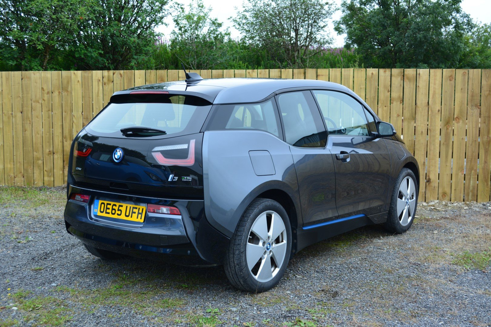 2016 BMW i3 60AH Range Extender - Leather For Sale (picture 2 of 6)