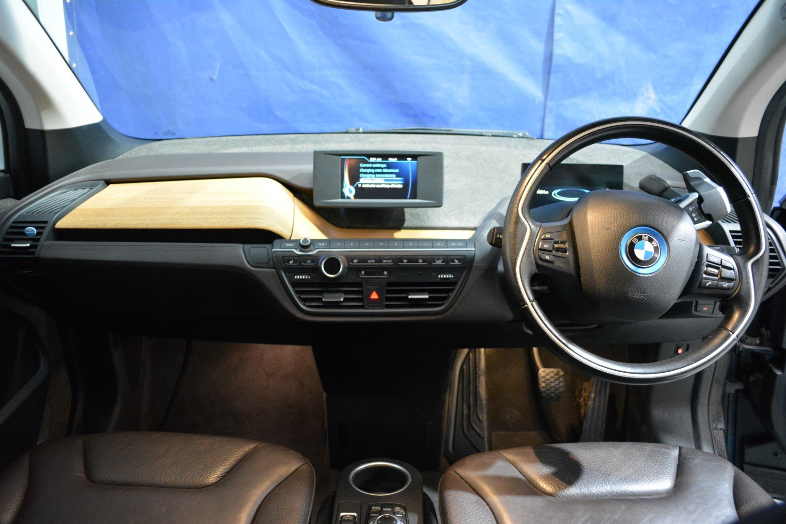 2016 BMW i3 60AH Range Extender - Leather For Sale (picture 4 of 6)