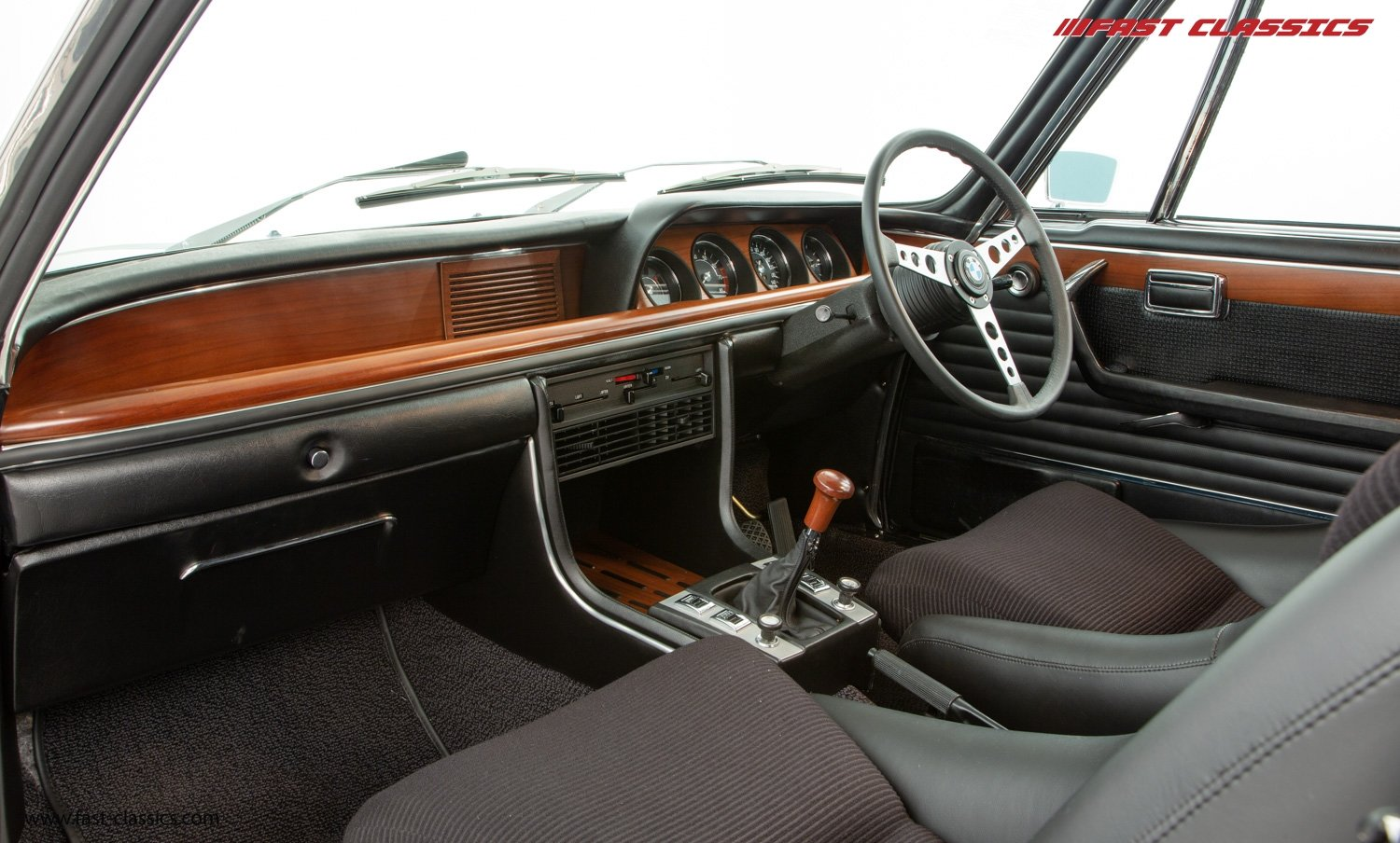 1972 BMW 3.0 CSL // UK RHD // NUT AND BOLT RESTO JUST COMPLETED For Sale (picture 16 of 24)