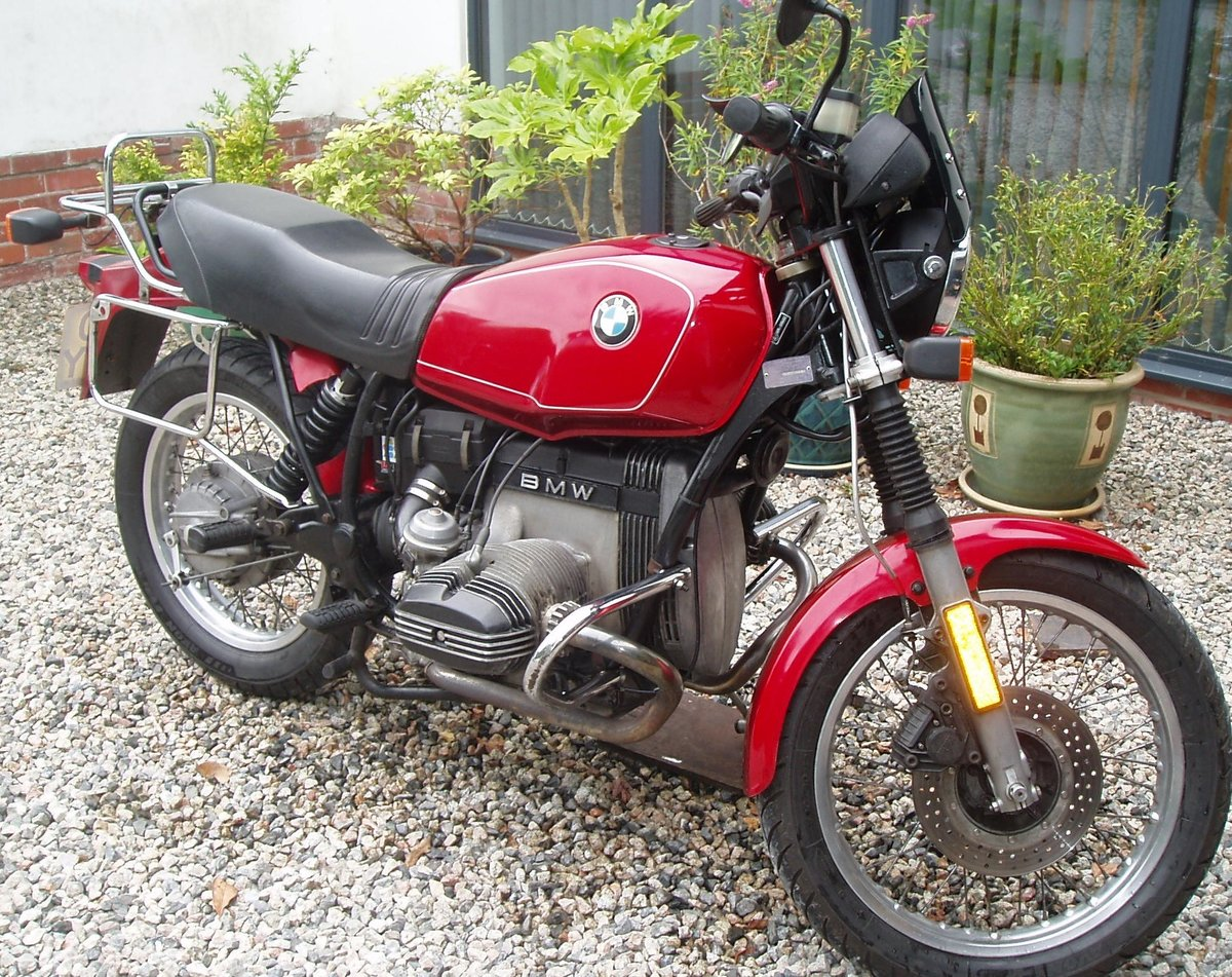 1983 BMW R80ST in great condition SOLD (picture 1 of 6)