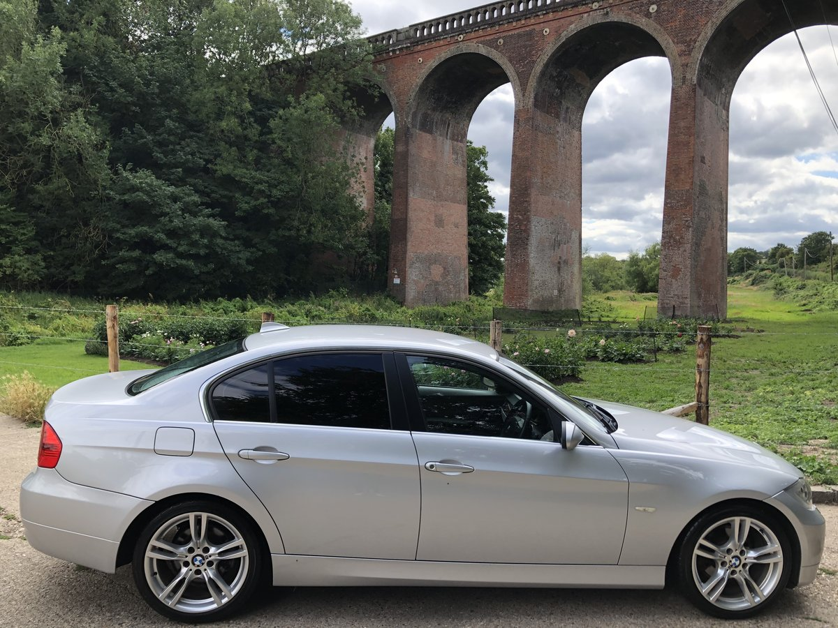 BMW 325i 3.0 SE Saloon | 2008 | 46,000 Miles, Very High Spec For Sale (picture 4 of 6)