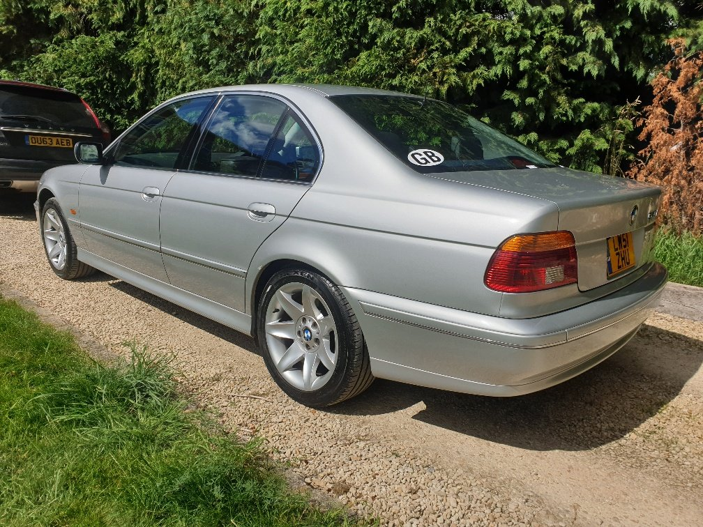 2001 BMW E39 540i Very Low Mileage For Sale (picture 3 of 6)