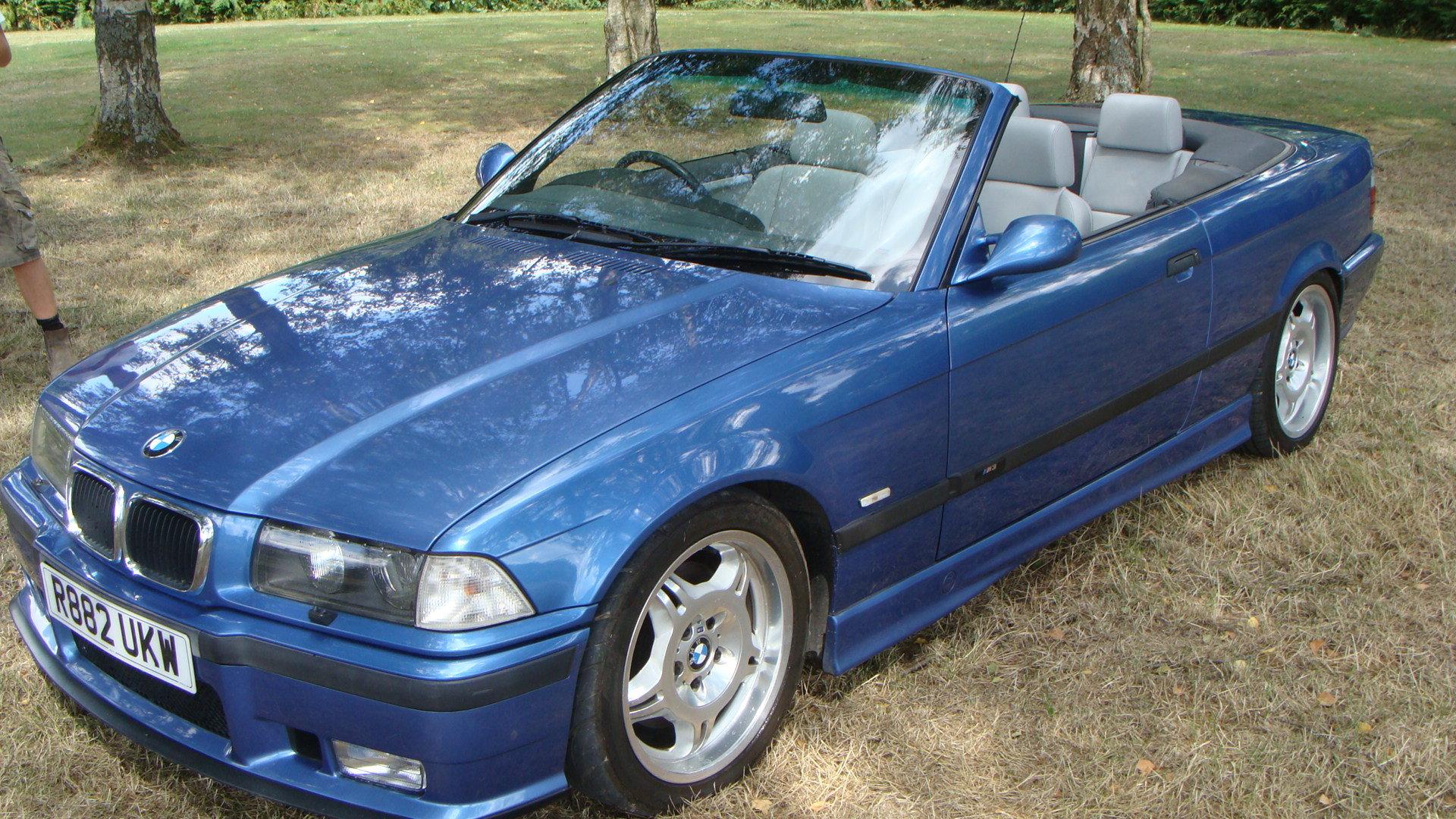 1997 BMW M3 Evolution Cabriolet in Estoril Blue For Sale (picture 2 of 6)