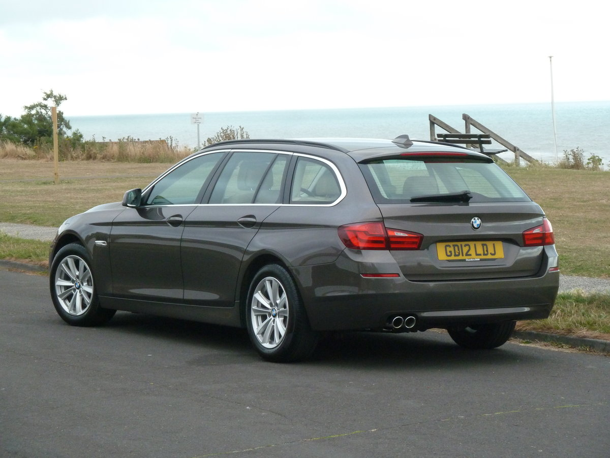 2012 BMW 520 F11 2.0TD AUTOMATIC 5DR SE TOURING ESTATE LOW MILES For Sale (picture 5 of 6)