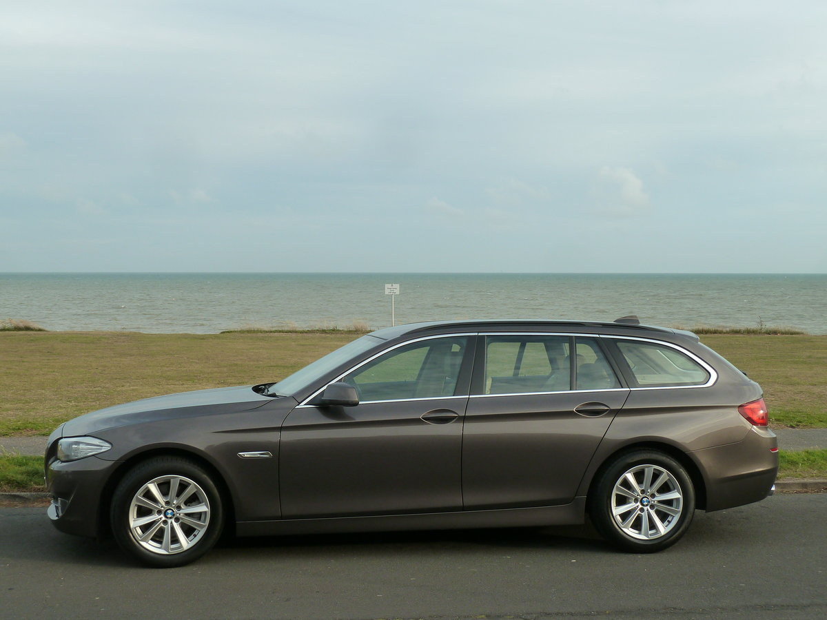 2012 BMW 520 F11 2.0TD AUTOMATIC 5DR SE TOURING ESTATE LOW MILES For Sale (picture 6 of 6)