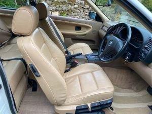 1994 Time warp retro BMW 1.6 i E36  Auto, For Sale (picture 3 of 6)