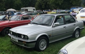 Picture of 1991 E30 BMW 325i SE (Manual)
