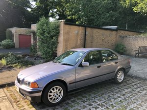 BMW E36 Samoa Blue 316i SE