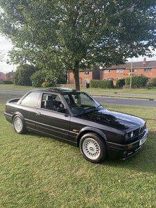 BMW 325i sport mtec 2 auto rare e30