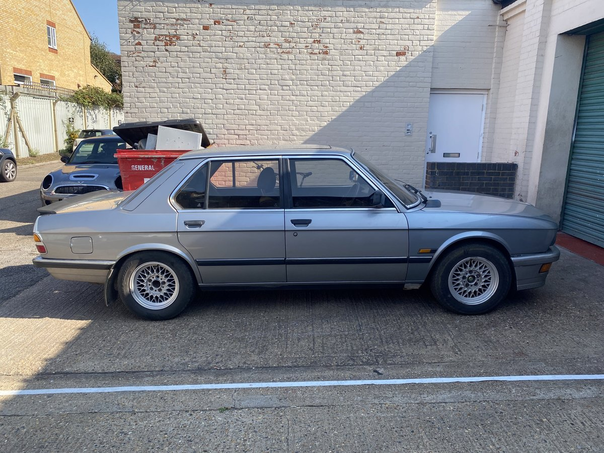 1987 BMW E28 525i  - In storage for 14 years For Sale (picture 2 of 6)
