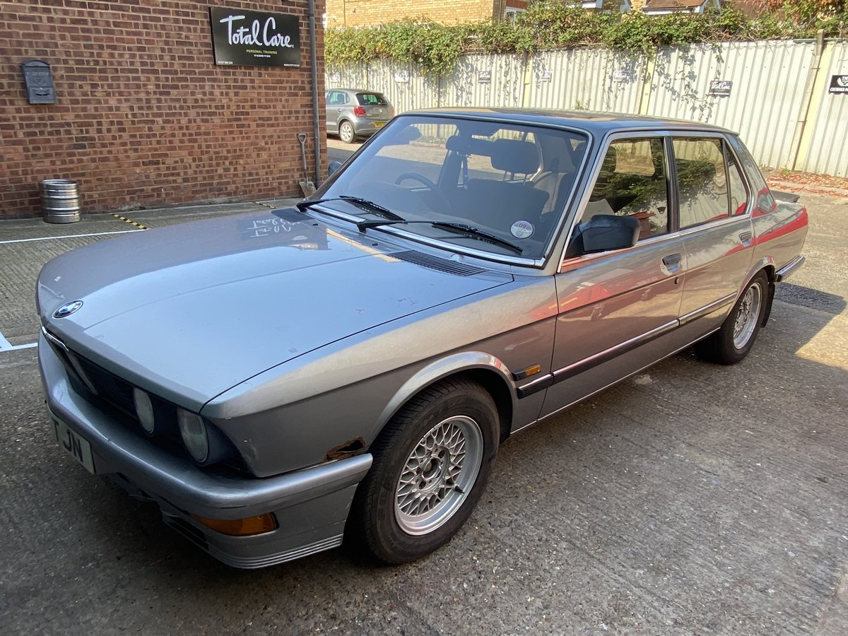 1987 BMW E28 525i  - In storage for 14 years For Sale (picture 4 of 6)