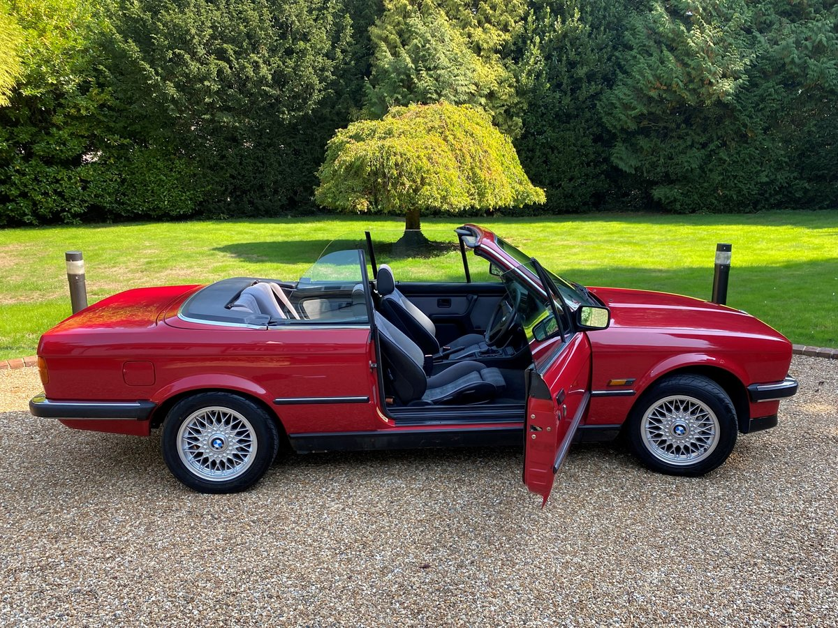 1988 BMW E30 320i Convertible manual full MOT history For Sale (picture 3 of 6)
