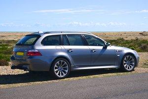 BMW E61 M5 touring 5.0 V10 SMG LCI