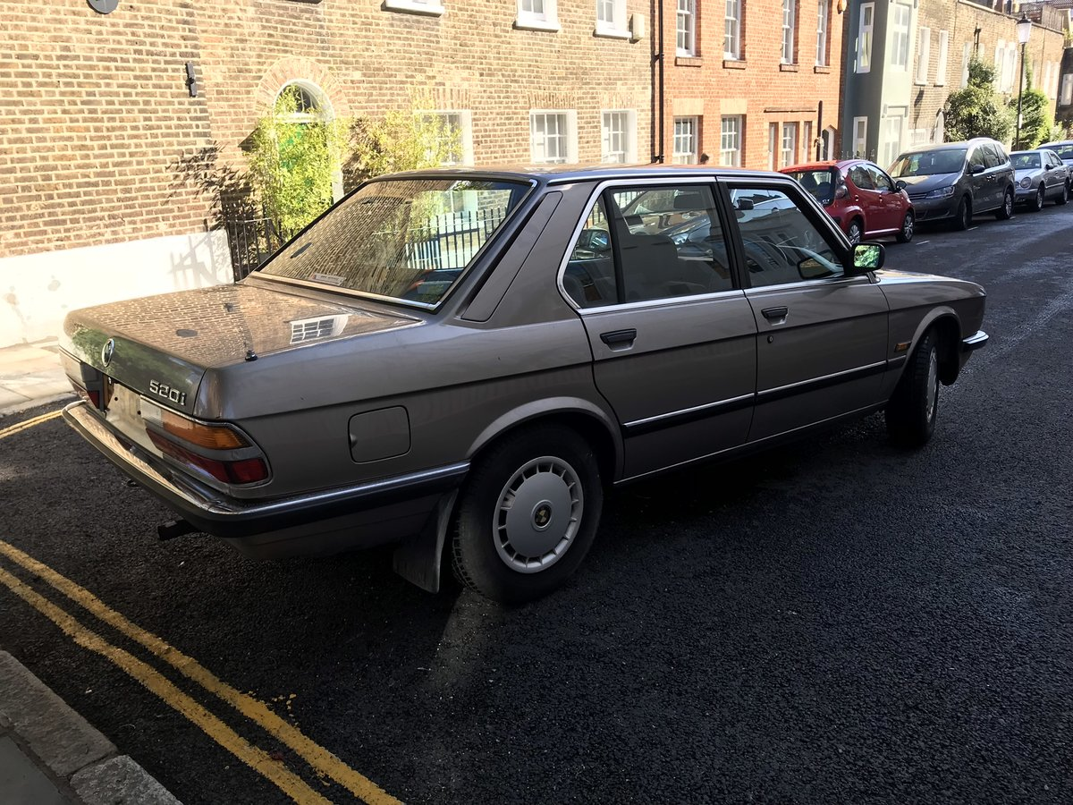 1987 E28 BMW 520i petrol auto For Sale (picture 2 of 6)