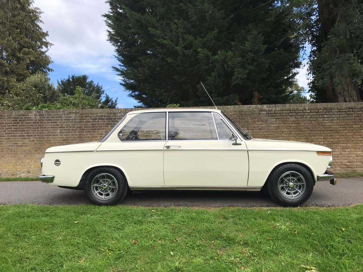 1972 BMW 2002 Coupe fully restored and upgraded For Sale (picture 2 of 6)