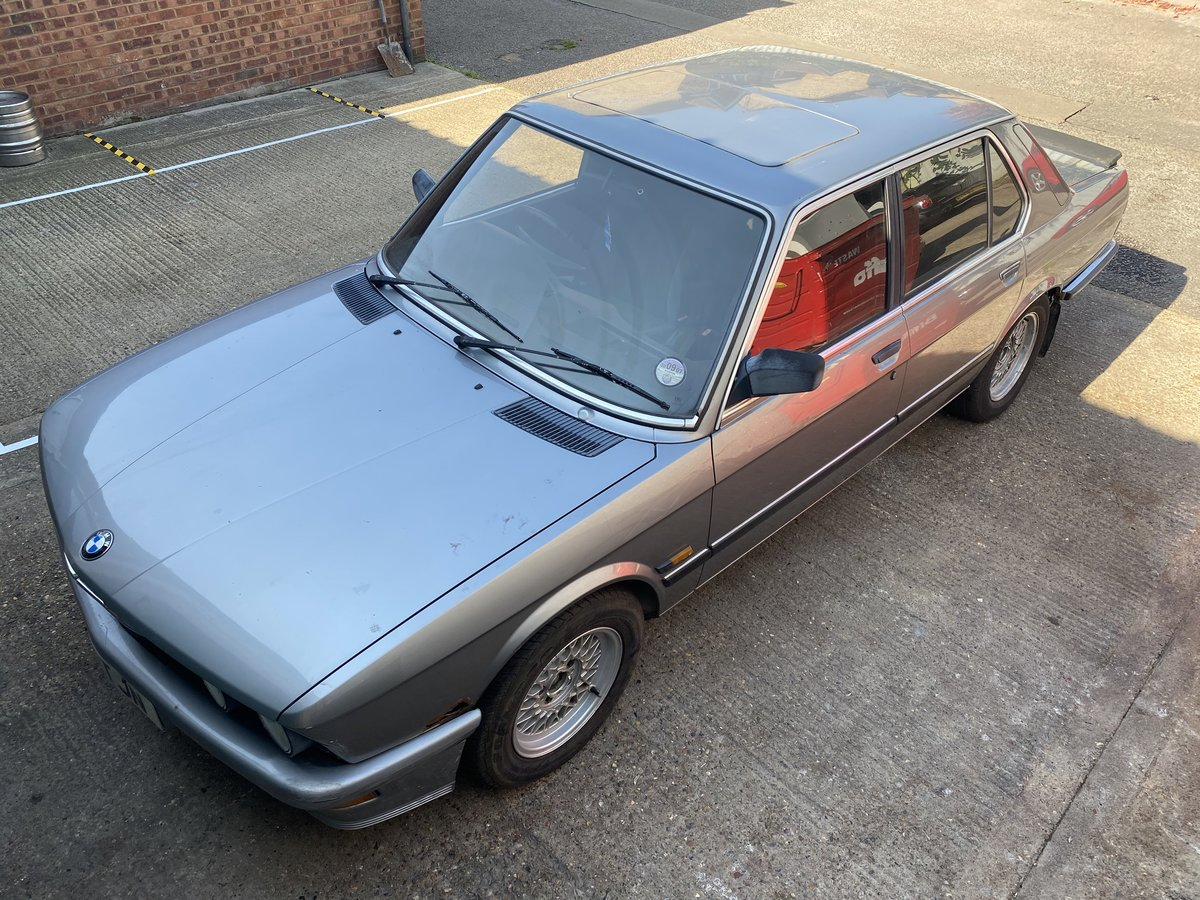 1987 BMW E28 525i  - In storage for 14 years For Sale (picture 1 of 6)