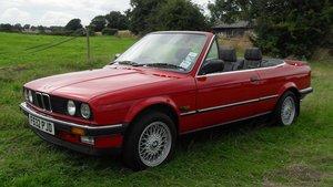 1988 BMW E30 320i A Convertible