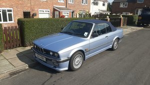 1990 BMW 325i Sport Automatic Convertible