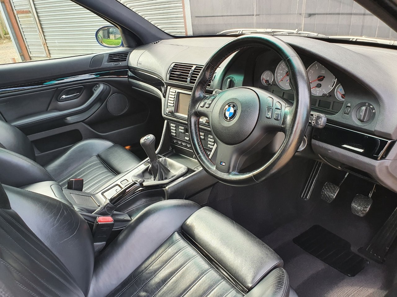 2001 Only 44,000 Miles - Le Mans Blue E39 M5 - Full History SOLD (picture 7 of 10)