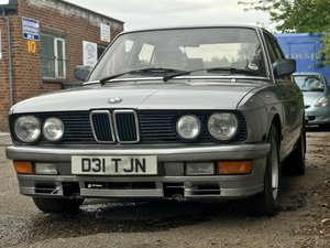 BMW E28 525i  - Running Project