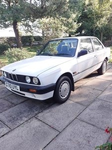 Picture of 1990 BMW 318 Auto
