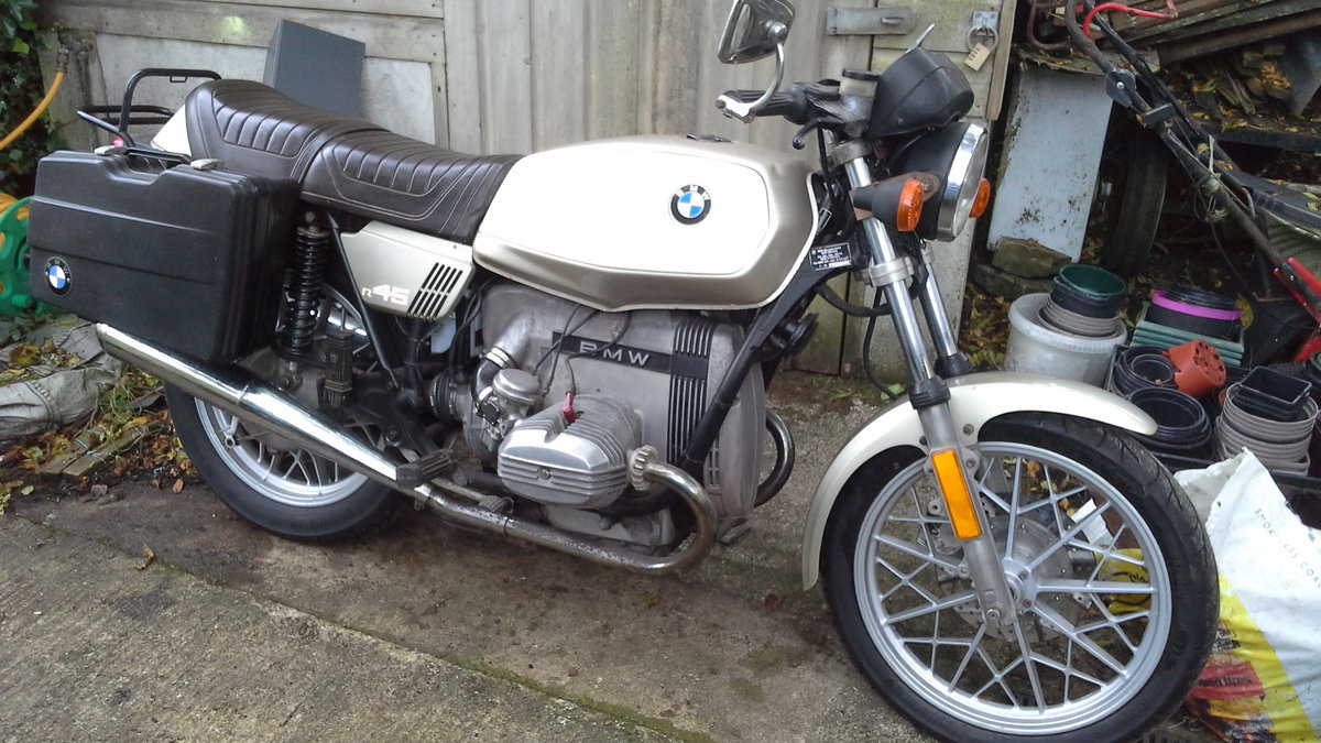 Lot 120 - A 1978 BMW R45 - 28/10/2020 SOLD by Auction (picture 1 of 3)