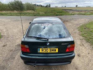 BMW 316i Compact Manual - Family owned from new