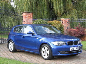 Picture of 2007 BMW E87 1-Series, 120i petrol, manual.