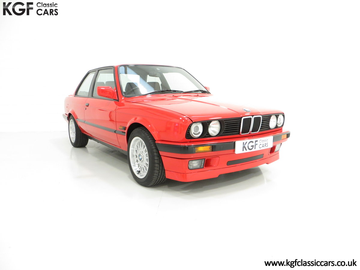 1991 A Collectable and Immaculate BMW E30 318is For Sale (picture 1 of 24)