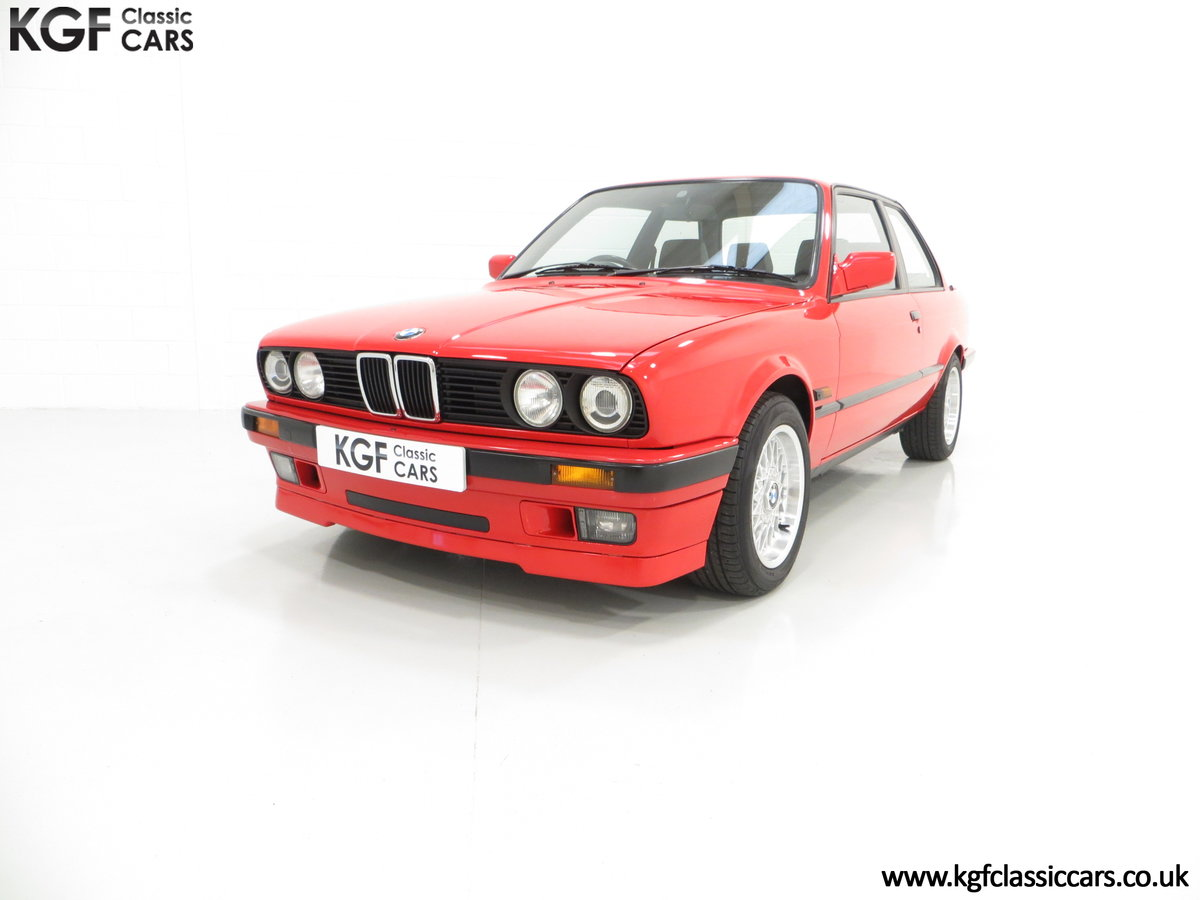 1991 A Collectable and Immaculate BMW E30 318is For Sale (picture 6 of 24)
