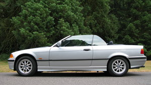 BMW Convertible E36 Automatic 323i  2494cc 1997