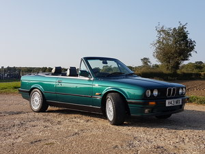 Picture of 1991 BMW E30 325i Convertible