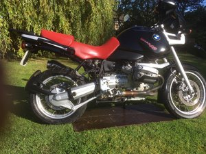 Lovely condition BMW R1100GS in Black and Red