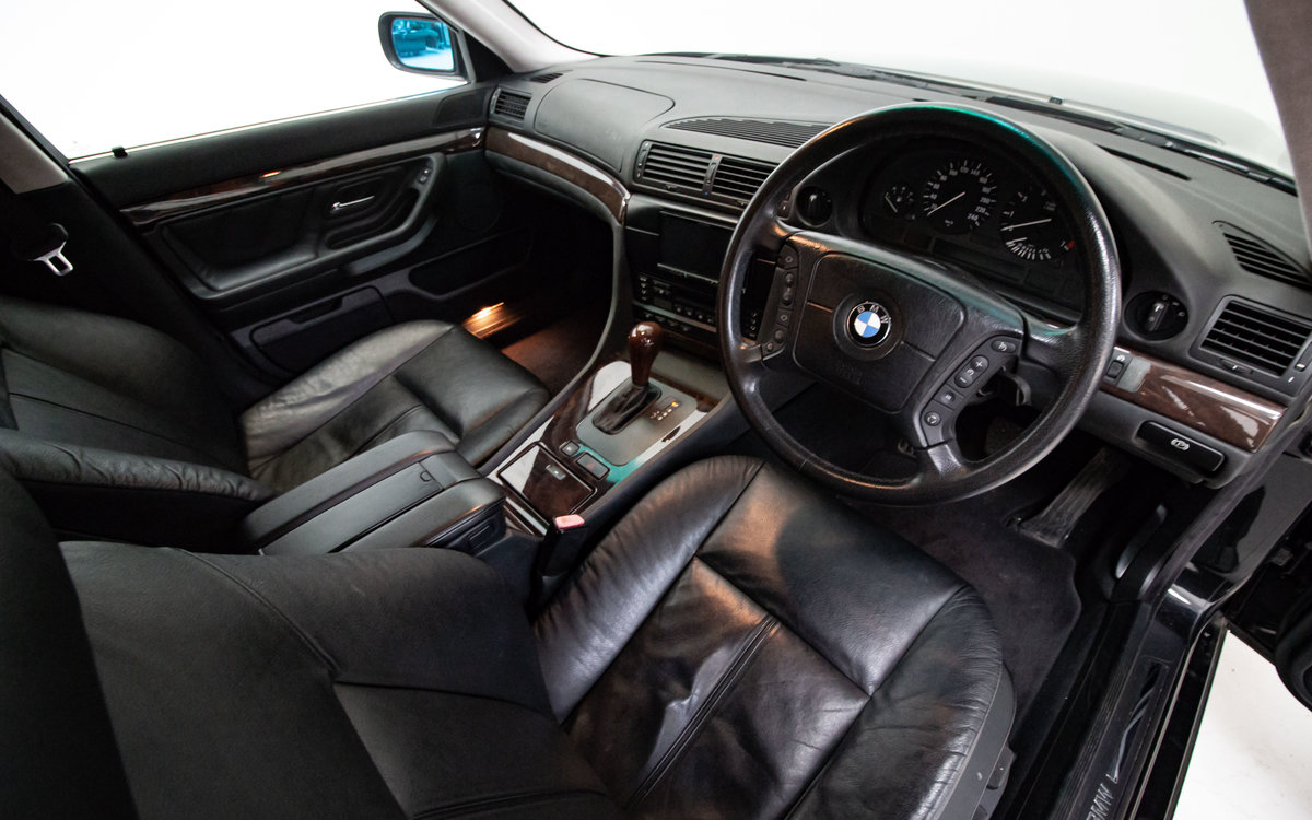 2001 BMW 735i (e38) 25,000 Miles, Best in the country! For Sale (picture 3 of 6)