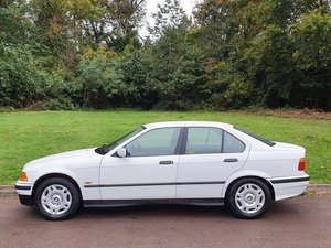 BMW E36.. 323i Auto Saloon (2.5L).. Only 62k Miles + FSH