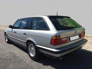 Picture of 1992 BMW 525i Touring Manual