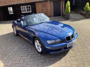 Picture of 2002 stunning looking affordable modern classic  great fun For Sale