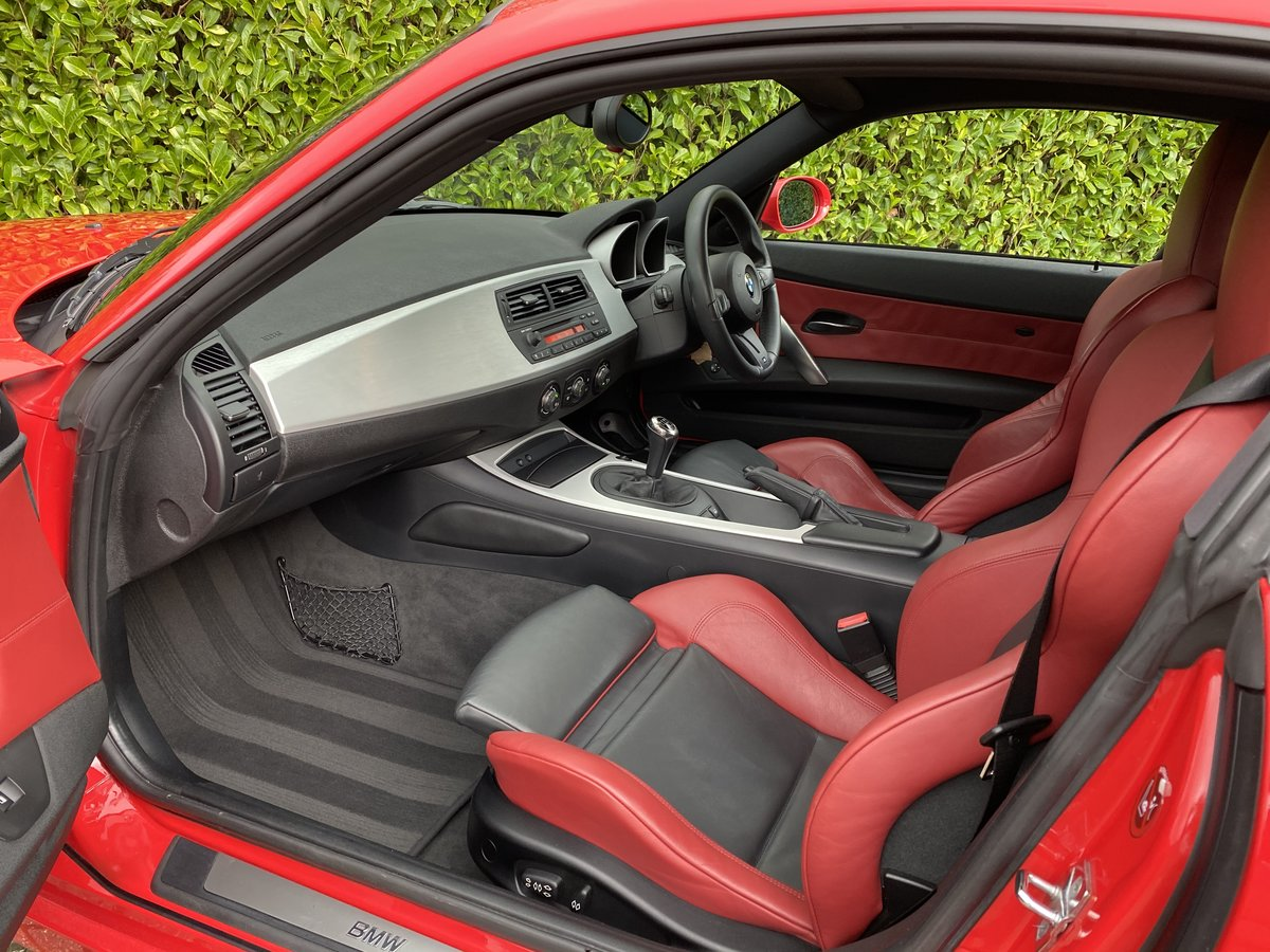 2007 An EXCEPTIONAL & RARE Manual BMW Z4 3.0Si Sport Coupe - 41k  For Sale (picture 5 of 6)