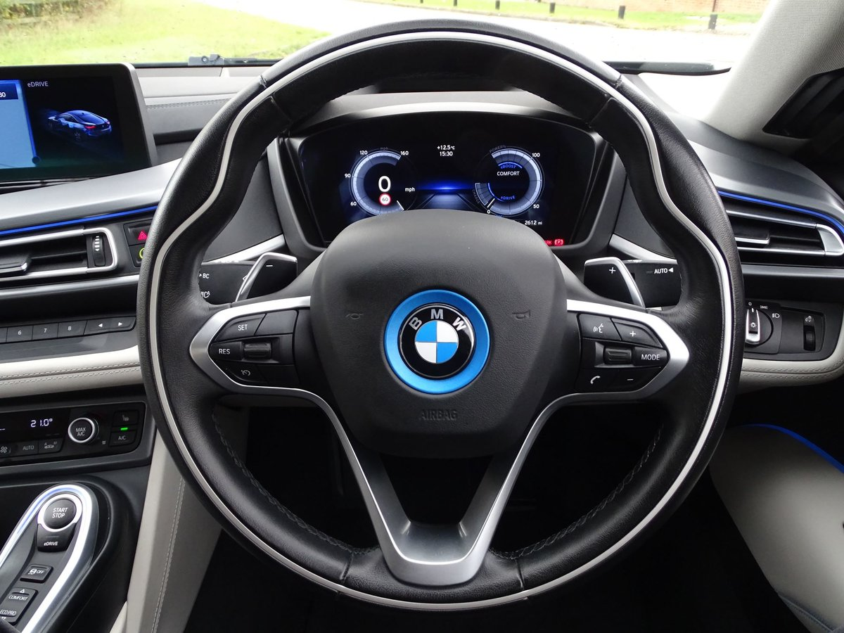 201616 BMW I8 For Sale (picture 10 of 20)