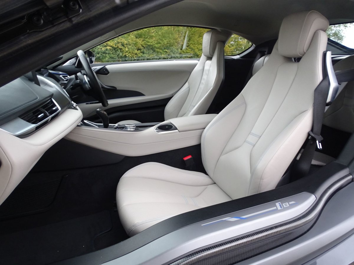 201616 BMW I8 For Sale (picture 14 of 20)