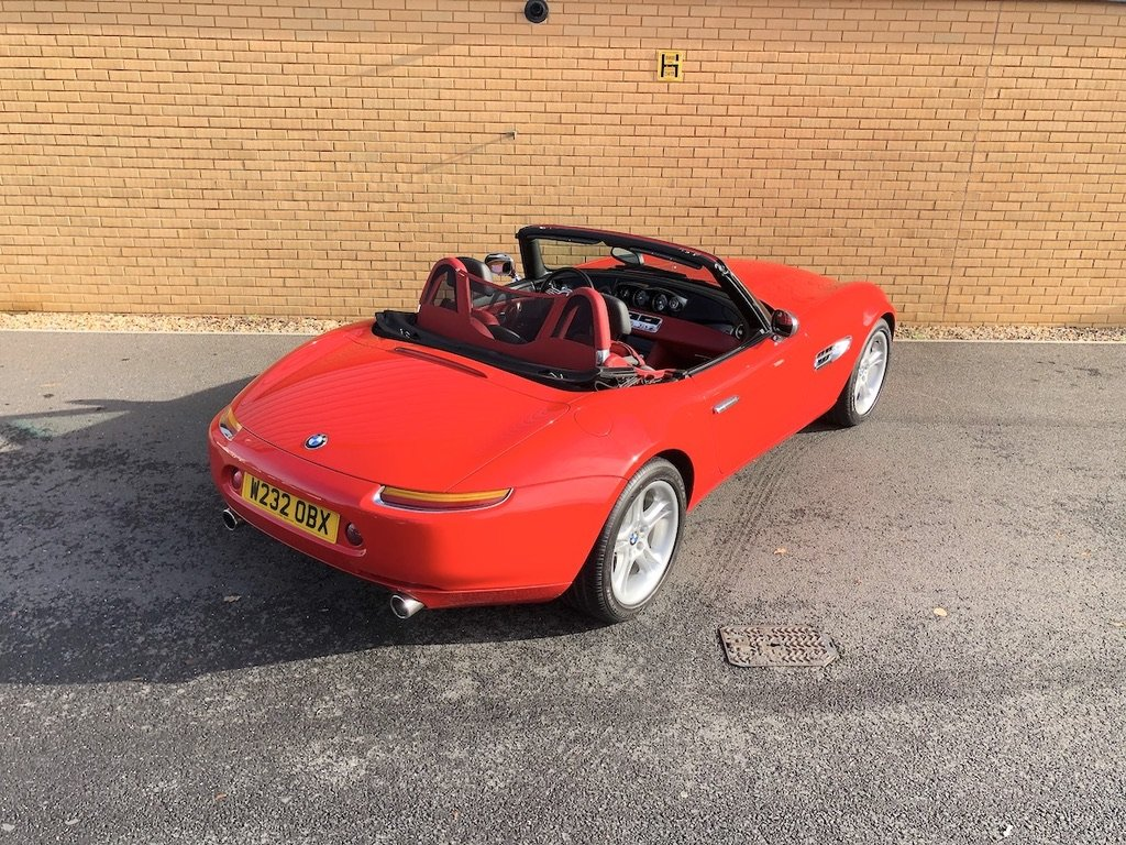 2000 BMW Z8  RARE // CONVERTIBLE // 4.9L // 32V // 395 BHP For Sale (picture 5 of 10)