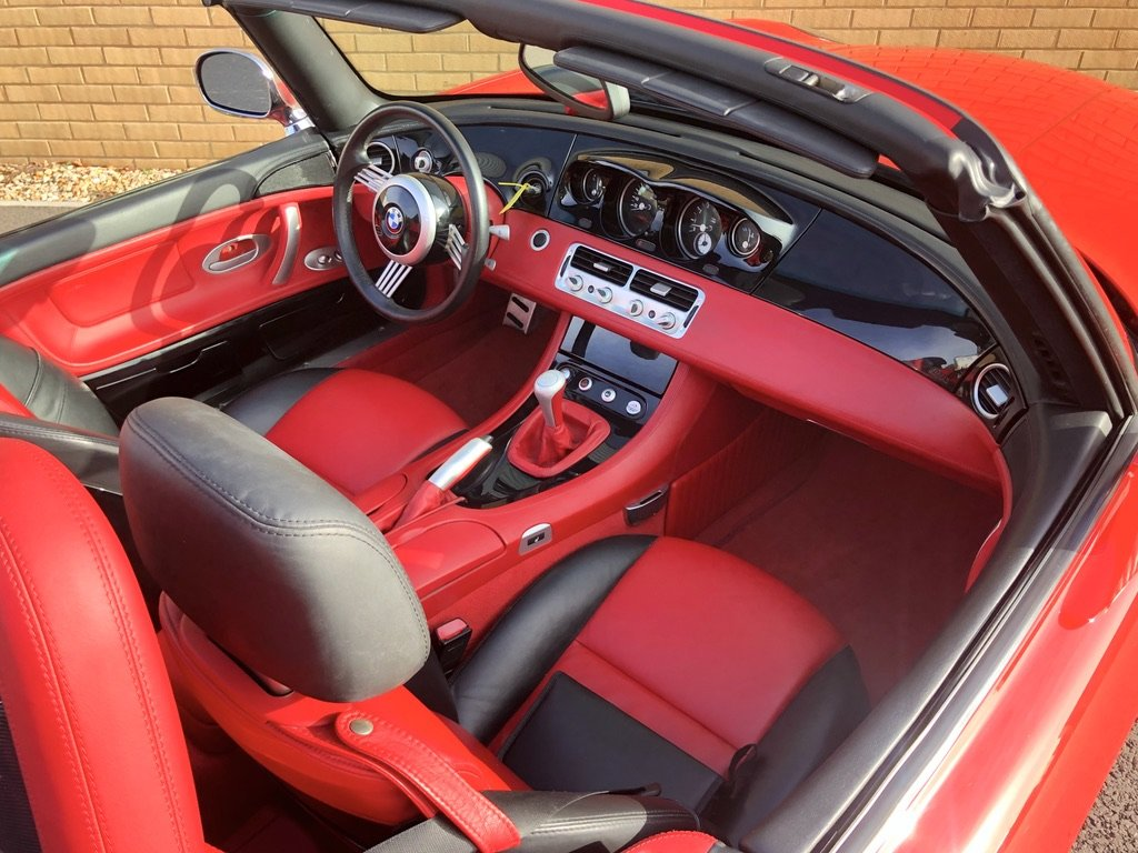 2000 BMW Z8  RARE // CONVERTIBLE // 4.9L // 32V // 395 BHP For Sale (picture 8 of 10)