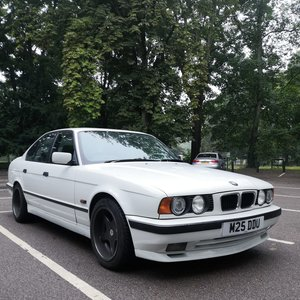 Picture of 1994 BMW E34 M SPORT