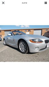 Picture of 2004 BMW Z4 2.2 six cylinder low miles