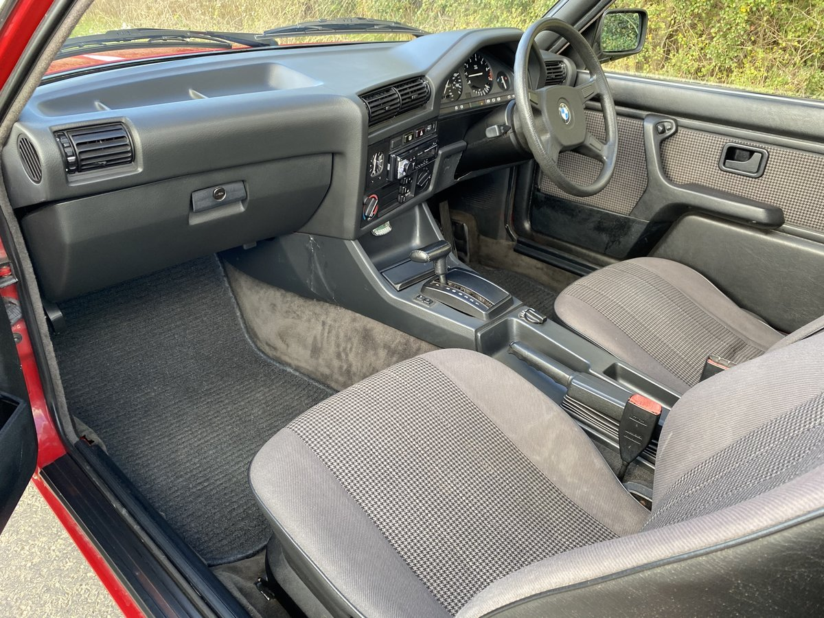 1986 BMW E30 325i coupe For Sale (picture 4 of 6)